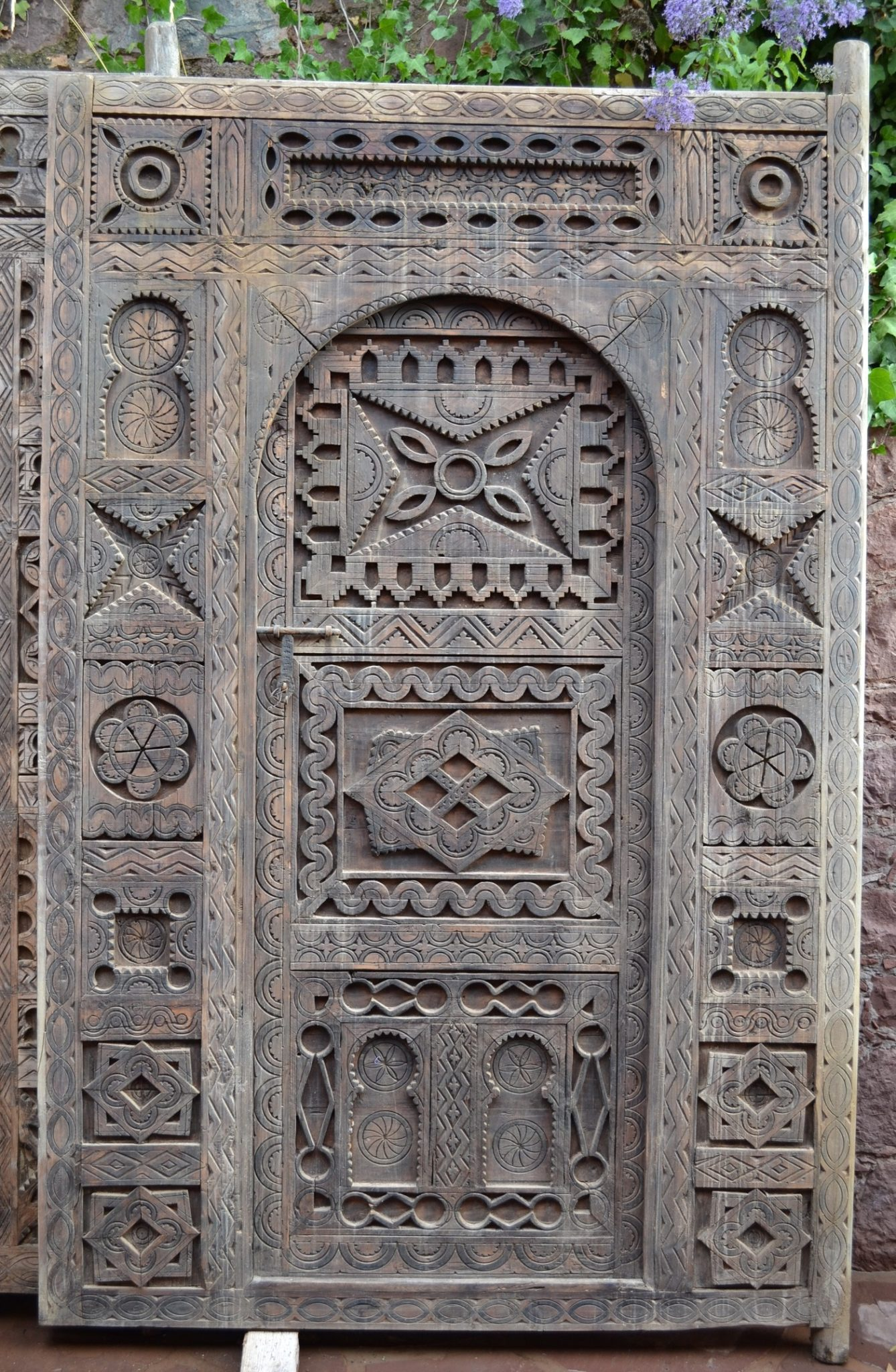 Berber Wood door