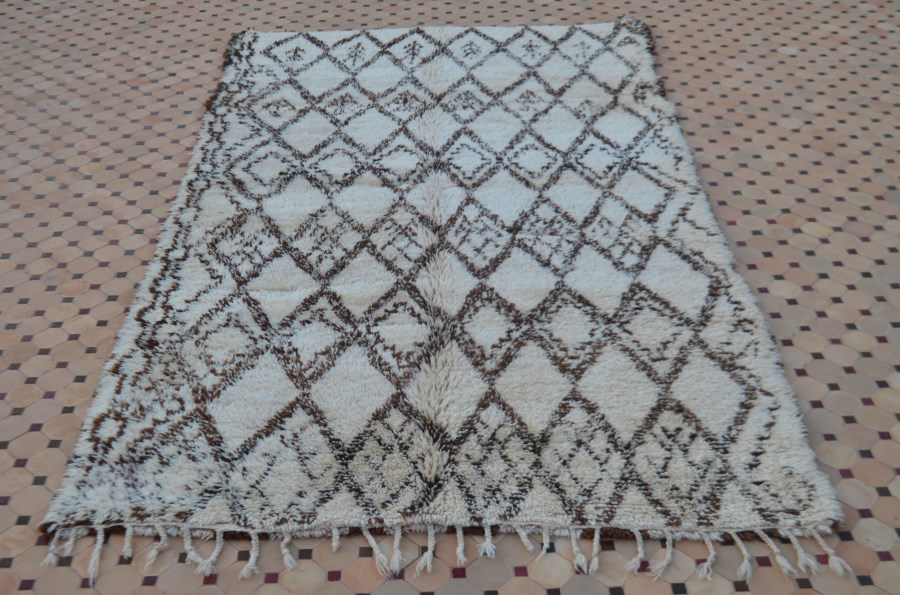 Free Spirited Vintage Beni Ouarain Carpet With A Field In
