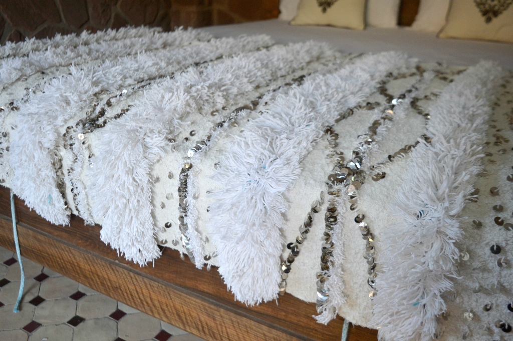 Vintage Moroccan Wedding Blanket Handloomed In All Ivory
