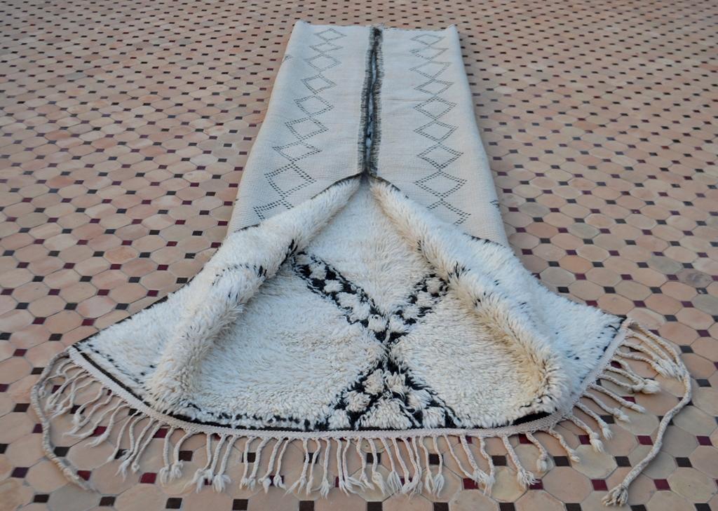 beni ouarain white carpets