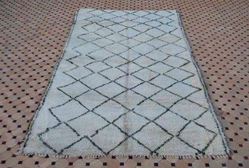 Beni ouarain white rugs