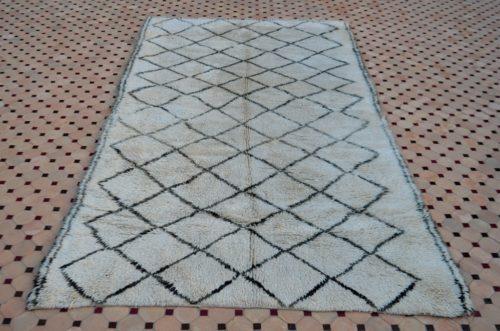 Beni ouarain white carpet