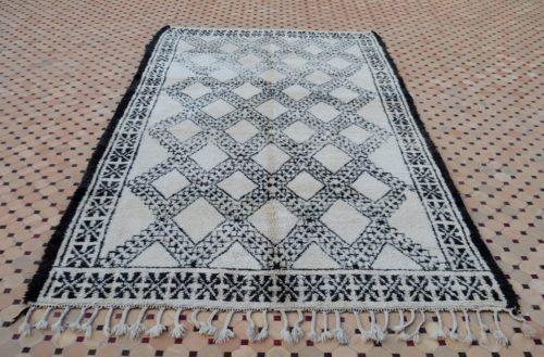 Black border carpets