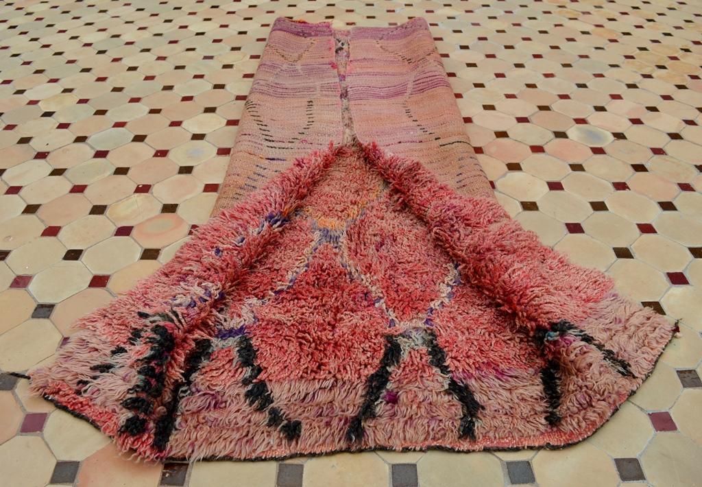 Talsint Carpet