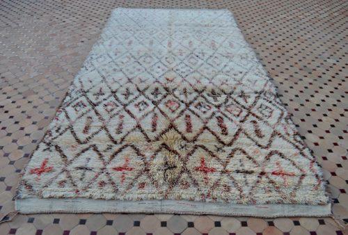 beni ouarain carpet with soft wool