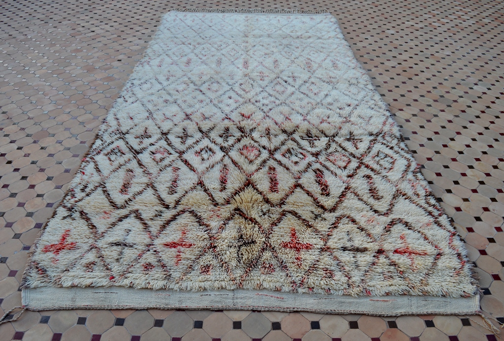 beni ouarain carpet with soft wool