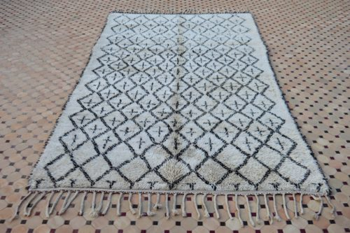 Excellent vintage Beni Ouarain carpet