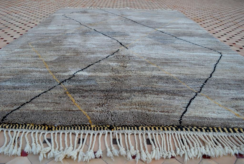 Beni Mrirt carpet with the focus on subtle color shades