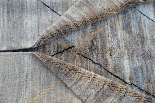 Excellent wool beni mrirt carpet