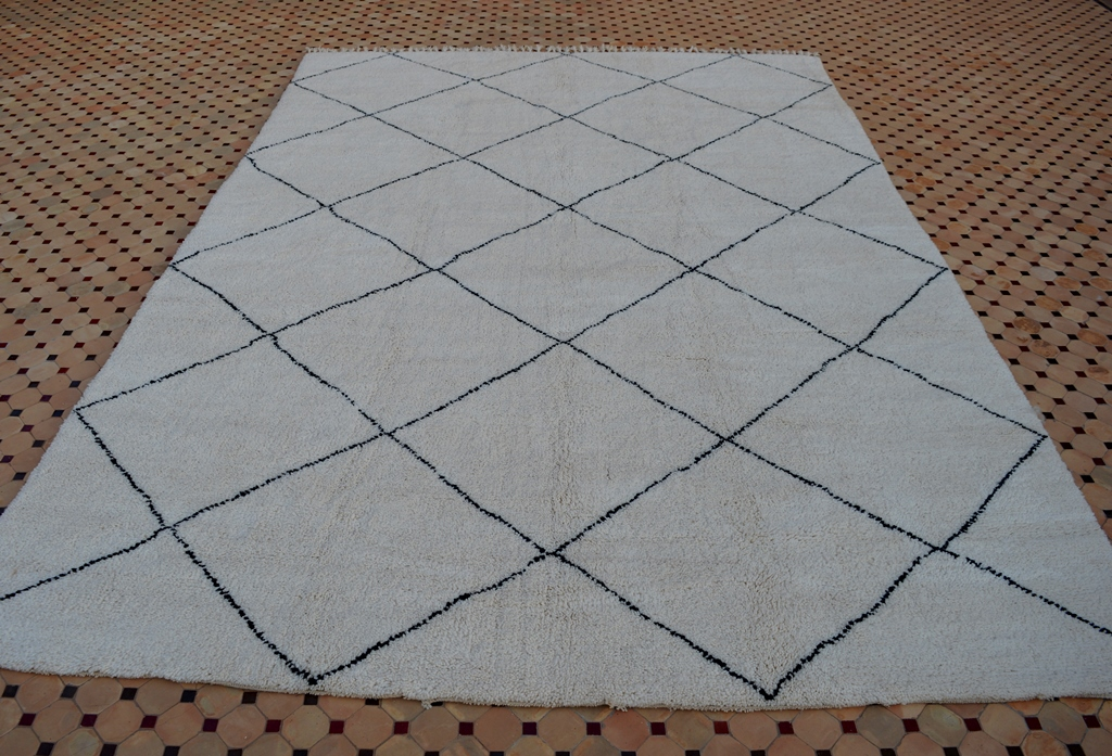 Contemporary Beni Ouarain carpet